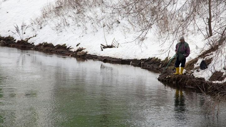 Два рыбака из Башкирии лишились улова и лодки