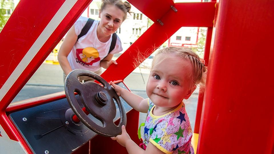 Разбираемся, зачем ребенку нужна собственная комната, вместе с родителями, психологами, строителями и банками на примере конкретной семьи