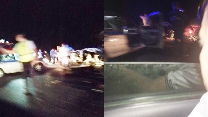 Груды металла: под Самарой произошло смертельное ДТП с тремя машинами