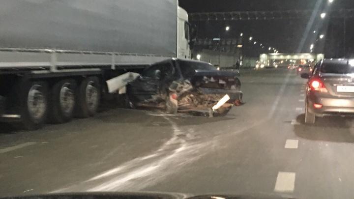 В массовой аварии на тюменской объездной пострадали трое взрослых и ребенок