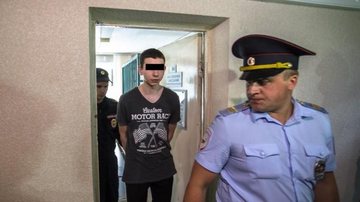 Убийцу Карины Залесовой отправили в кемеровскую больницу