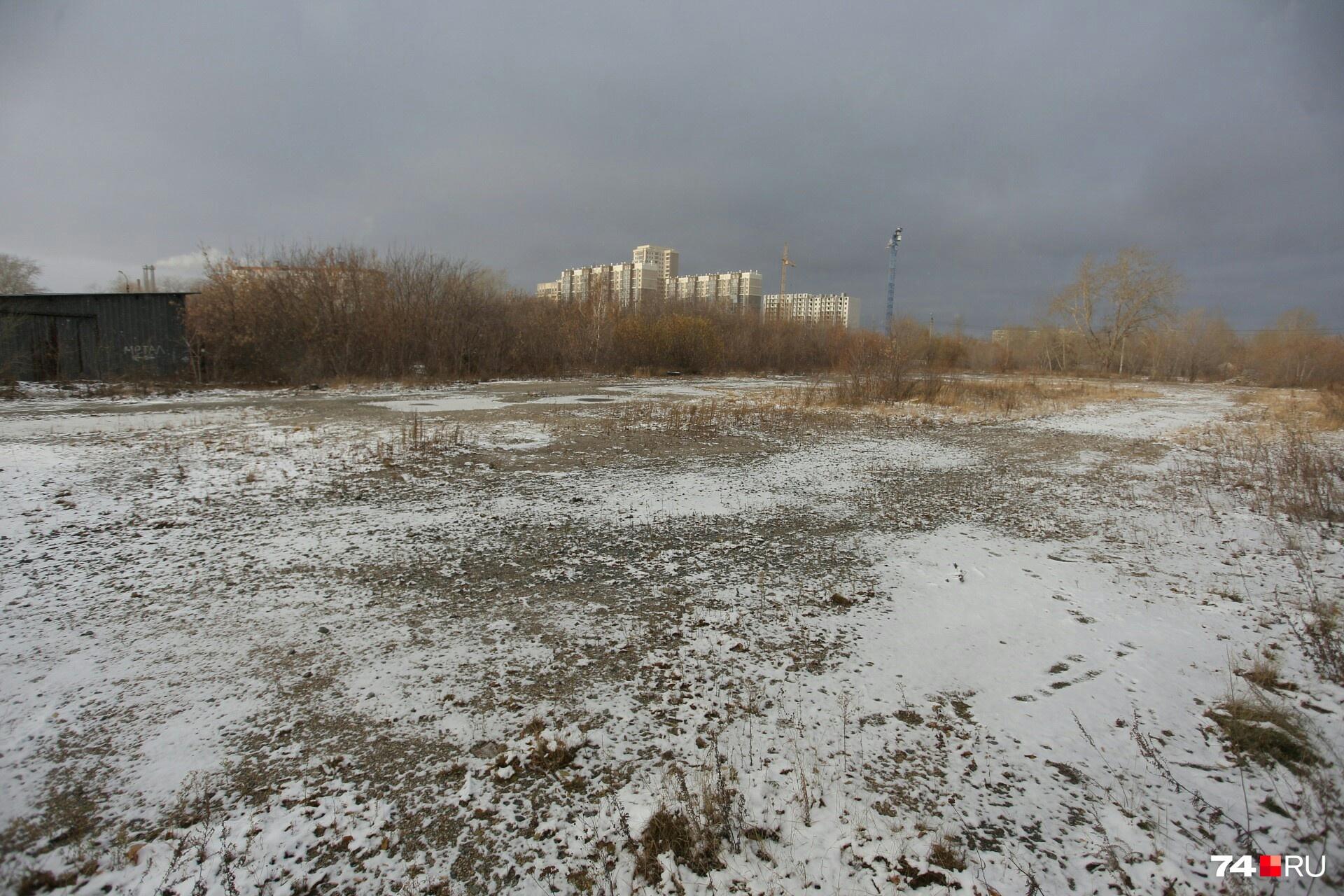 Территория, где могут построить водный комплекс, пустует уже десять лет