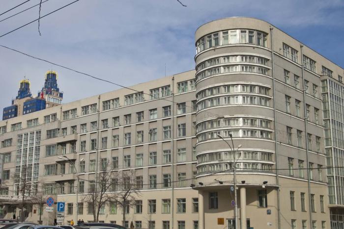 Правительство области покупает сувенирную посуду на 255 тысяч рублей