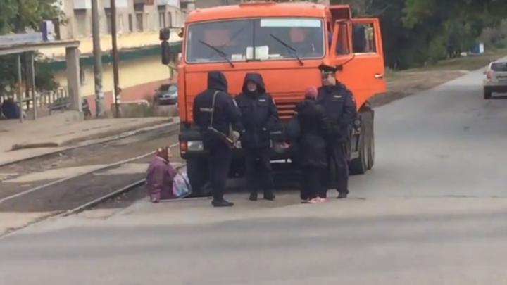 КАМАЗ сбил пенсионерку на уфимском перекрестке