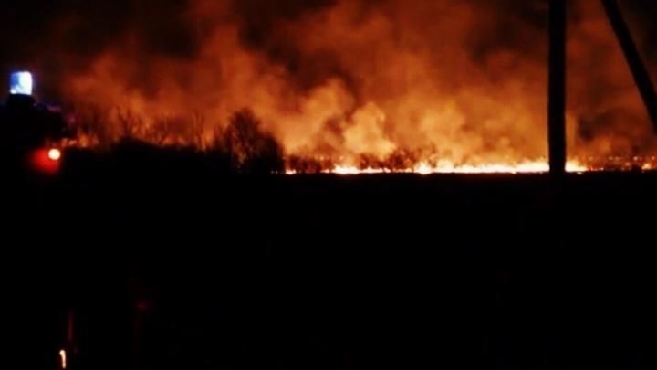 Вечером на Тобольском тракте выгорели два гектара полей