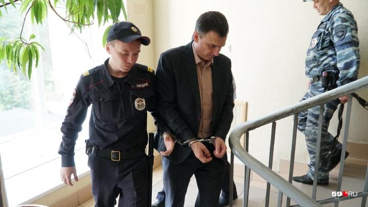 Главного судебного пристава Прикамья Игоря Кожевникова отправили в СИЗО до 13 сентября