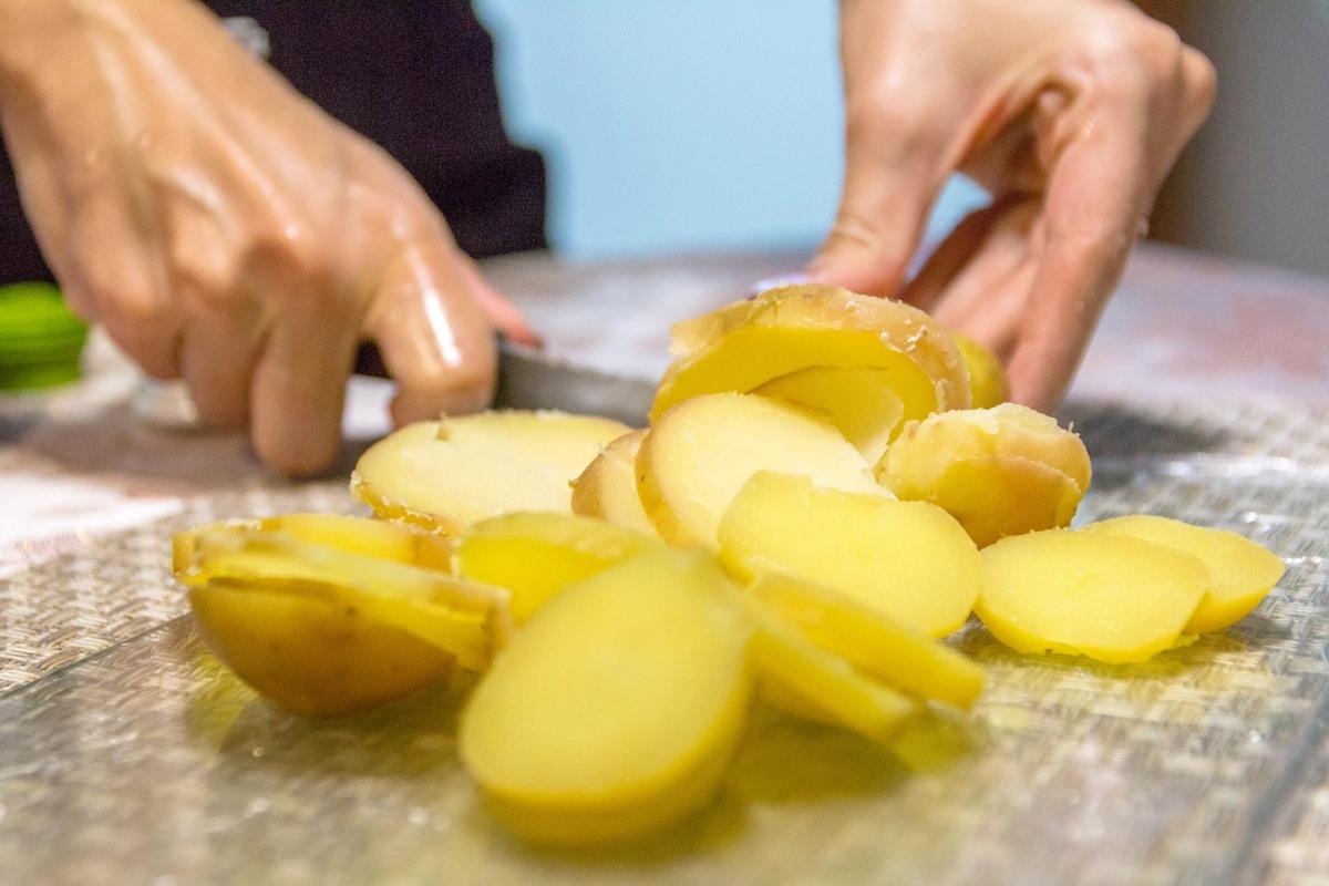 Ужин по-французски: готовим курицу кордон блю за полчаса