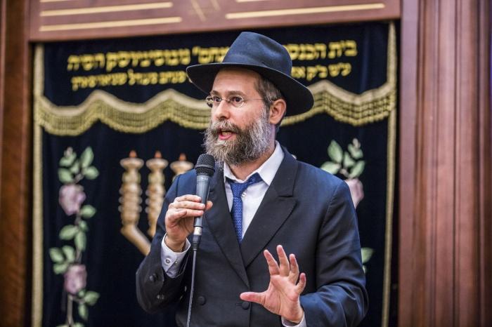 Главный раввин Новосибирска Шнеур-Залман Заклас поздравил иудеев со священным праздником света, добра и масла