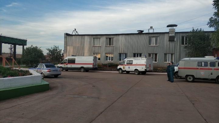 Спасатели обнаружили тело рабочего, который был под завалами в обрушенной шахте в Североуральске