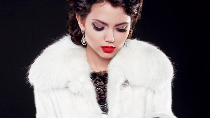 В меховом салоне Екатеринбурга началась ликвидация коллекции пальто за полцены