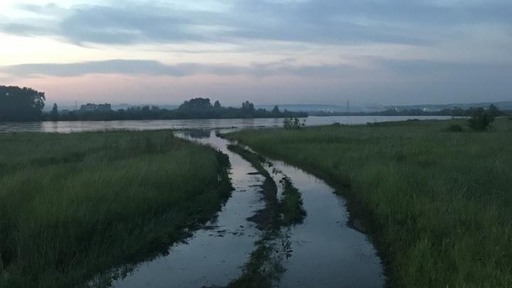 Вслед за Иркутской областью из берегов вышли реки в Канске