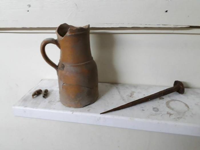 Первые находки в разрушенном доме инженера Георгия Будагова