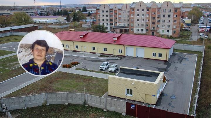 В омском спецприёмнике 5 месяцев сидит 66-летняя женщина и не может доказать, что она из Казахстана