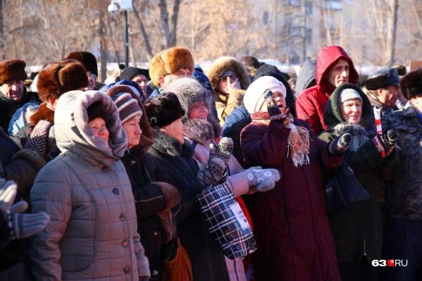 Самарцы не раз выходили на митинг за полный возврат льгот пенсионерам