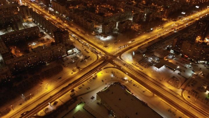 Тюмень «умнеет»: скоро город обзаведется мыслящими фонарями и сообразительными мусорными баками