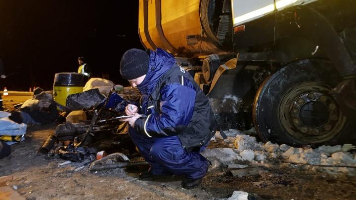 Стали известны личности погибших и пострадавших вахтовиков из Башкирии в аварии в ХМАО