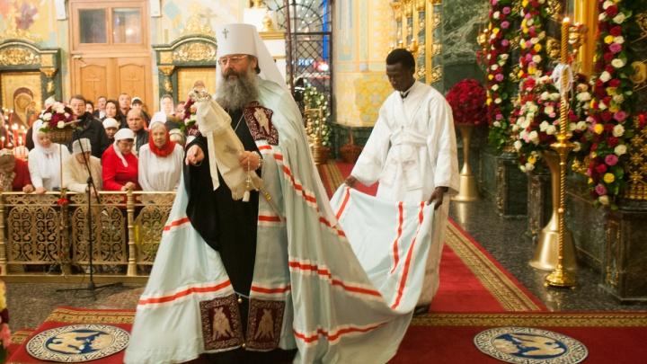 Куда пойти молиться, где поесть кулич и можно ли делать селфи в храме: все о Пасхе в Екатеринбурге