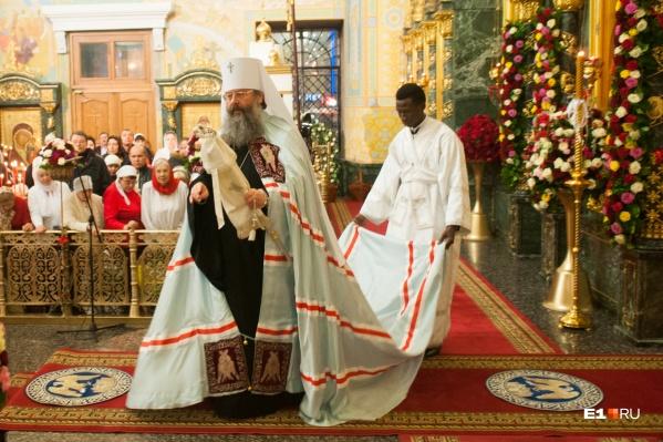Пасха — один из главных православных праздников, в этот день во всех храмах проходят службы