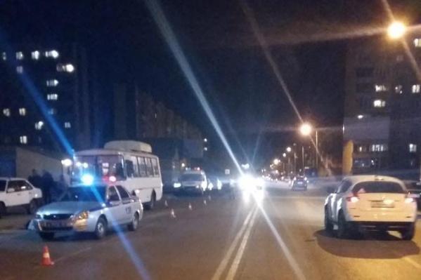 В Кургане погиб пешеход, который переходил дорогу в неположенном месте