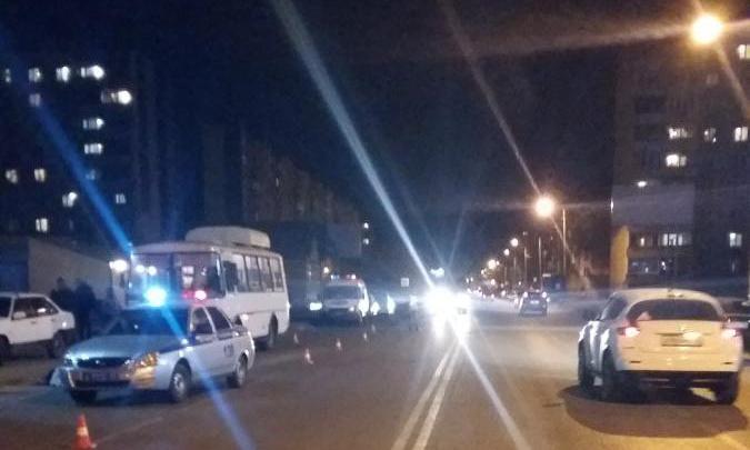 «Он сам побежал под колеса»: перевозчик прокомментировал смерть пешехода в аварии в Кургане