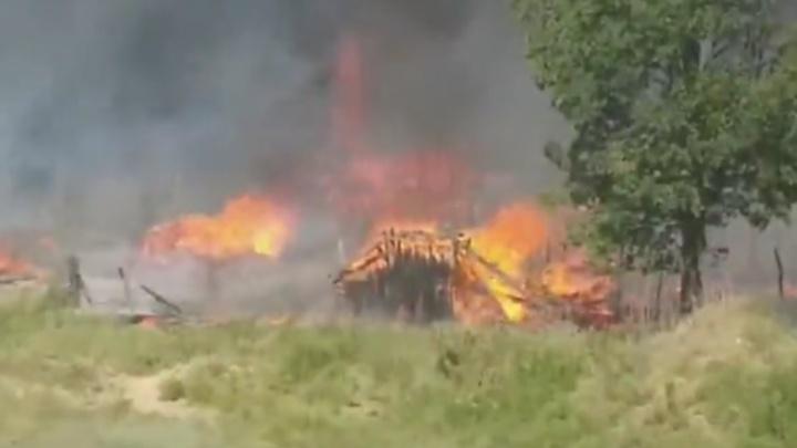 «Остались только головешки!»: в Сызрани потушили крупный пожар