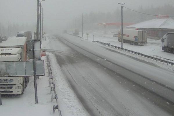 В горном районе Челябинской области выпало много снега