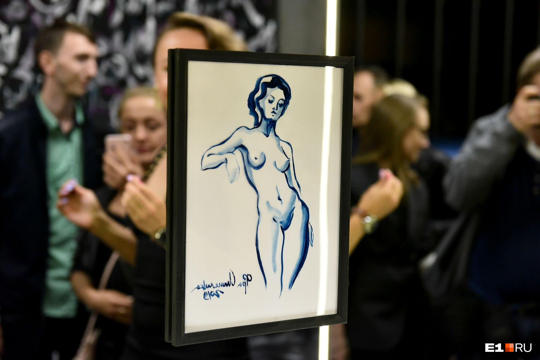 Здесь можно увидеть женскую грудь самых разных форм и размеров