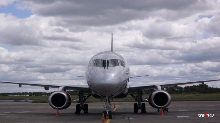 Жителя Кунгура оштрафовали на 250 тысяч рублей за курение в самолёте