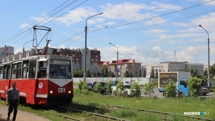 После публикаций в интернете и СМИ омским водителям трамваев вернули отопление в кабины