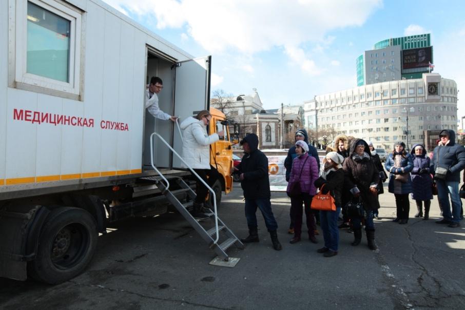 Каждые выходные врачи будут принимать пациентов на площади Революции