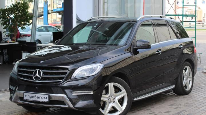 Старьё бьёт новьё: пафосный Mercedes ML против KIA Sportage