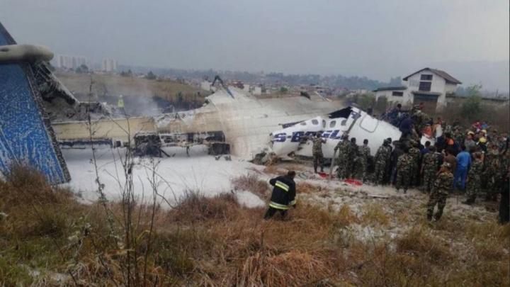 В Непале разбился пассажирский самолёт с 67 пассажирами на борту