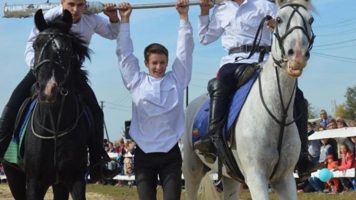 Услышать «Синюю птицу» и наесться ухи: в Волжском готовят масштабный фестиваль казаков