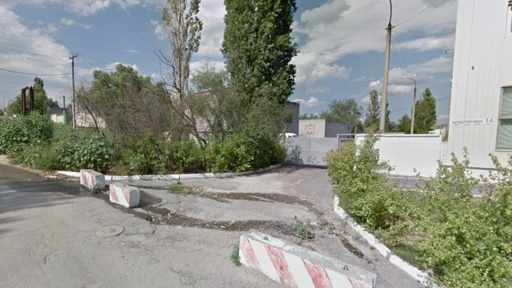 Мэрию Волгограда приговорили к устранению зловонной речки в Дзержинском районе