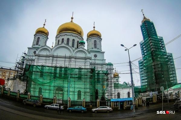 Реконструкцию собора должны закончить в августе этого года