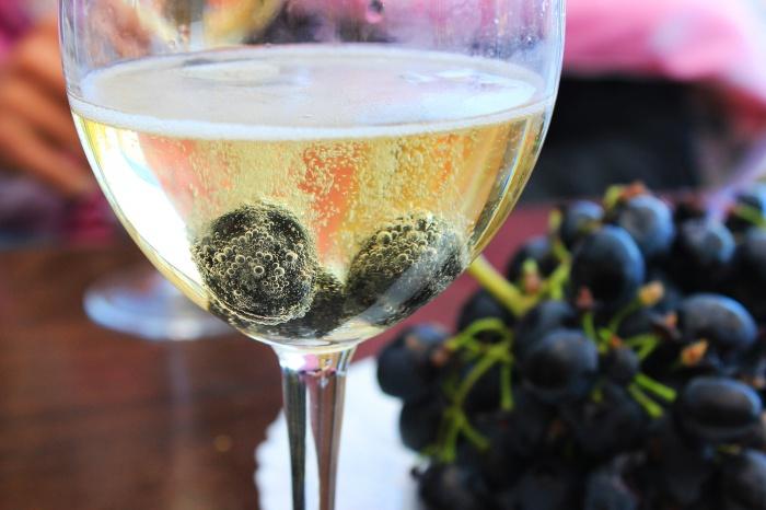 Заводные пузырьки: выбираем лучшее шампанское