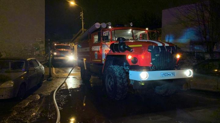 В уфимском Инорсе из-за ночного пожара эвакуировали 75 человек