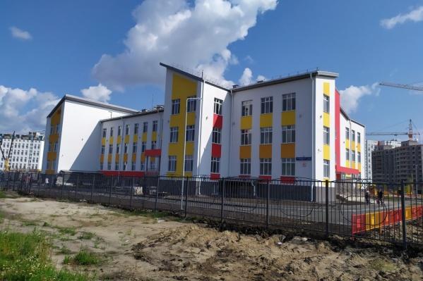 Первый детский сад откроется этой осенью. Он рассчитан на 360 мест