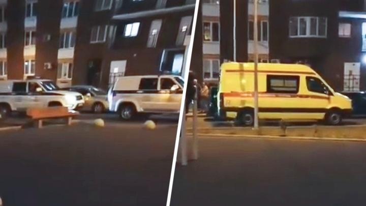 Орал с балкона «Всех взорву!»: как ночью эвакуировали жителей многоэтажки на Левенцовке