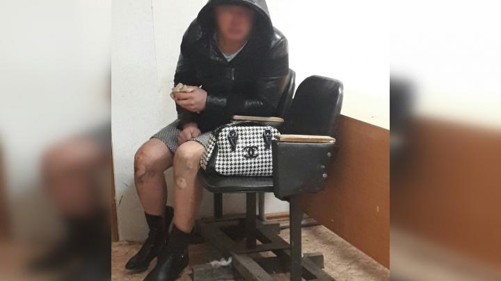 Из-за ролевых игр с женой тоболяк оказался в отделении полиции. Прохожих напугал его внешний вид