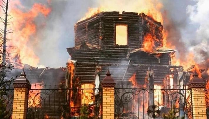 Продюсер группы Serebro вызвался восстановить сгоревший в Чимеево монастырь