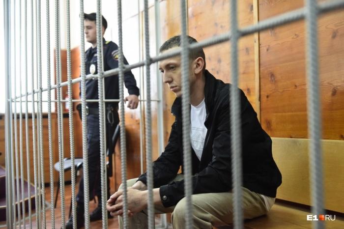 Васильев во время вынесения решения об арестев Верх-Исетском суде