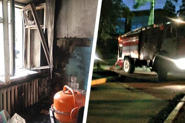 Пожарных вызвали на место около 4 часов утра
