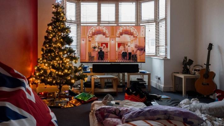 Фотокнига или мастер-класс: шесть идей, что подарить на Новый год и не промахнуться