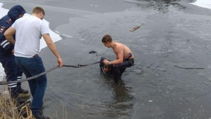 Мужчина, который провалился под лёд у «Рамады», попал в реанимацию