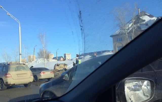 Массовая авария в Уфе: на оживленной улице столкнулись пять авто