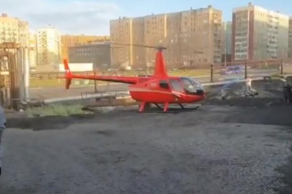 Вертолет приземлился в Каеркане
