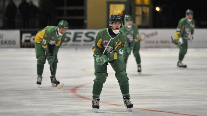 Экс-полузащитник «Водника» отыграет два сезона за хоккейный клуб Швеции
