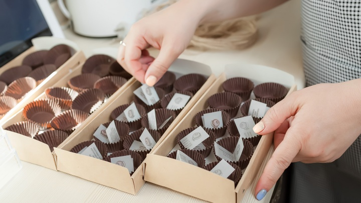 Курганских сладкоежек заманивают в библиотеки шоколадом