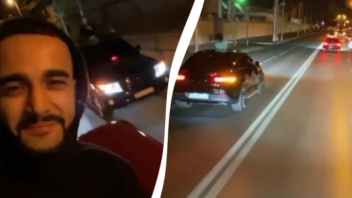 Блогер-миллионник из Москвы устроил шумный ночной заезд в центре Самары